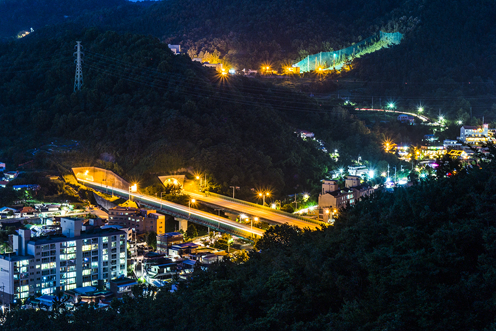 Gwangju at Night II