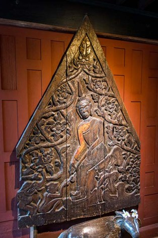 Wood carving at the Jim Thompson House
