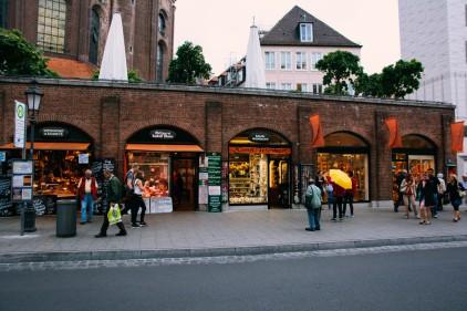 Viktualienmarkt shops