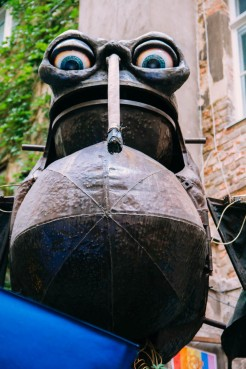Close up of the mechanical bat
